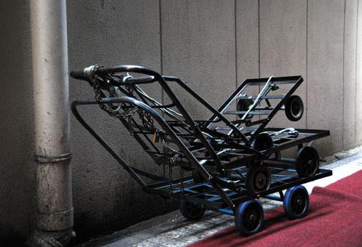 trolleys-humping.jpg